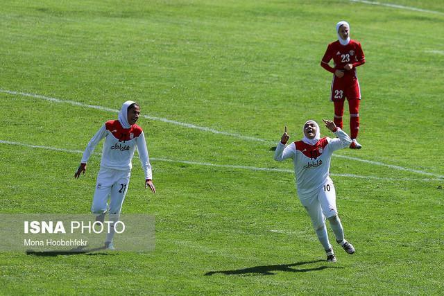 دختران فوتبالیست ایران اردن را شکست دادند