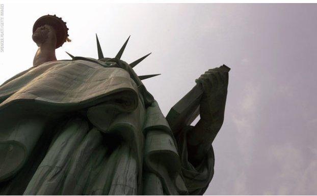 خانه جدید برای مشعل مجسمه آزادی!