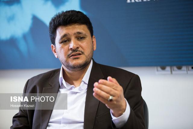 بختیار علت همراهی نکردن با نمایندگان اصفهان در جریان استعفا را شرح داد