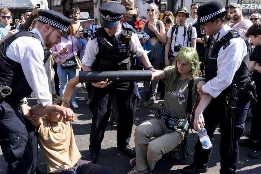 آمار بازداشت فعالان محیط زیست در انگلیس رکورد زد