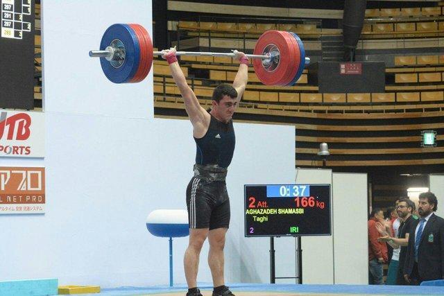برخواه 11 وزنه بردار نوجوان را به تیم ملی دعوت کرد