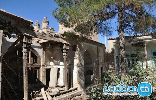 بنایی در نجف آباد که بارندگی های سال جاری نابودش می نمایند!