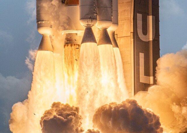نیروی فضایی آمریکا نخستین ماهواره خود را به فضا پرتاب کرد