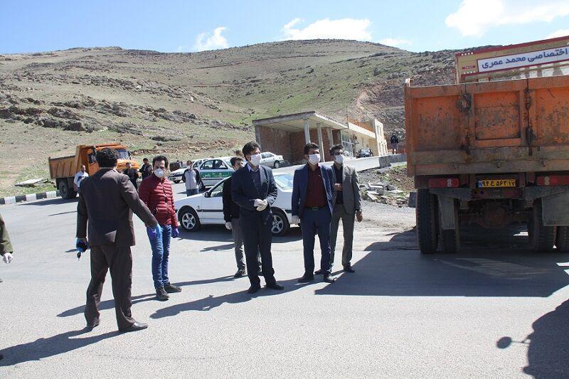 خبرنگاران فرماندار: تمام خروجی های مهاباد مسدود است
