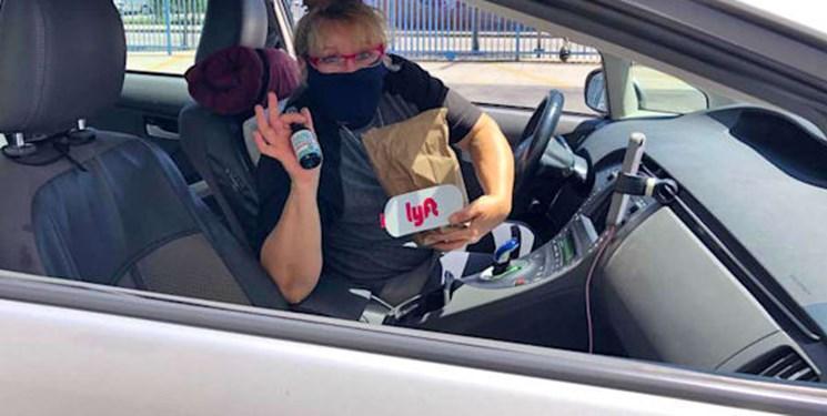 لیفت ماسک زدن را برای راننده ها و مسافران اجباری کرد
