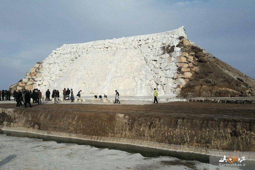 آبشار پتاس؛تنها آبشار نمکی دنیا در خور و بیابانک، عکس