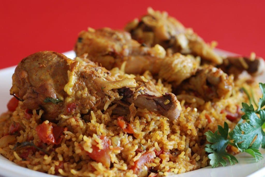 به جای زرشک پلو با مرغ، این بار پلوی بحرینی را امتحان کنید