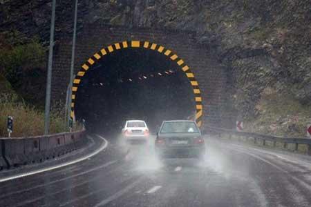 بارش برف و باران در جاده های 13 استان ، 10 جاده مسدود است