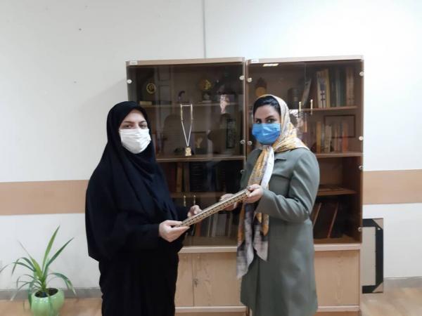 خبرنگاران بانوی کارآفرین کرمانشاهی در کشور رتبه برتر را کسب کرد