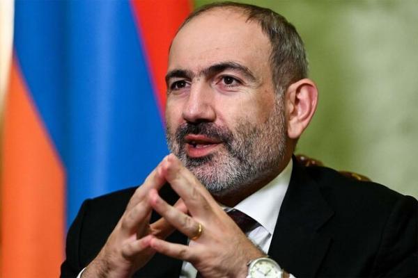 نخست وزیر ارمنستان خطاب به نیروهای مسلح: از سیاست فاصله بگیرید