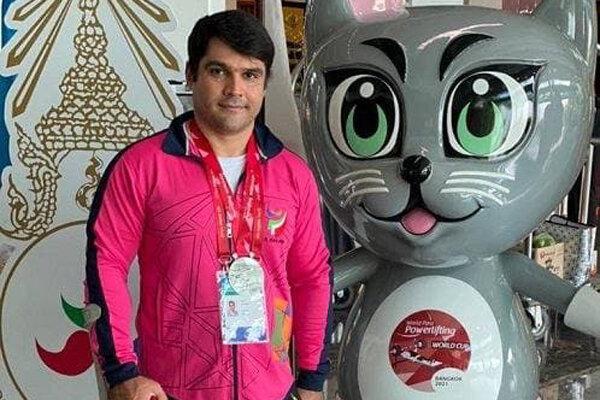 پاراوزنه بردار ایران نایب قهرمان دنیا شد