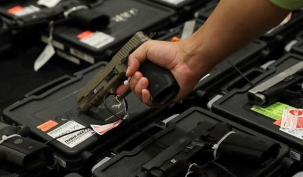 افزایش چشمگیر تقاضای خرید اسلحه میان آمریکایی ها