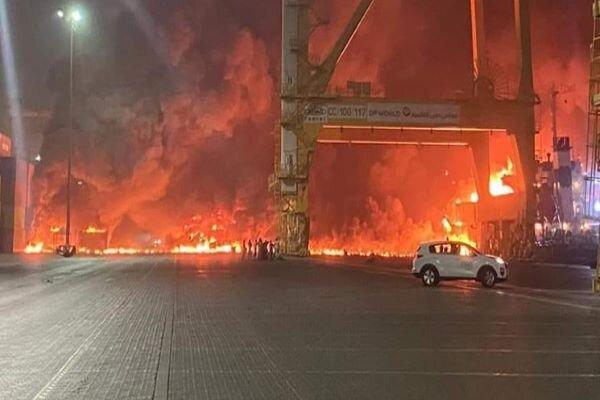 دولت امارات به انفجار مهیب بندر دبی واکنش نشان داد