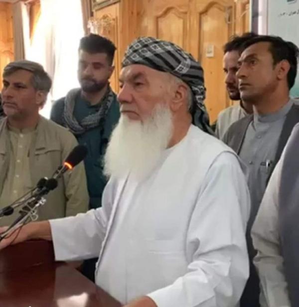 اسماعیل خان: همه شهرستان ها را از طالبان پس می گیریم