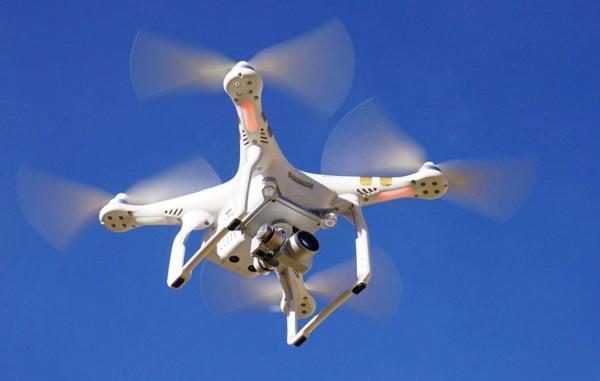 پهپادها چگونه پرواز می نمایند و کاربردهای اصلی آن ها چیست؟
